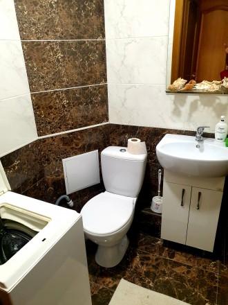 Прекрасна квартира в новому будинку з хорошим євроремонтом, індивідуальним опале. Канада, Тернопіль, Тернопільська область. фото 10