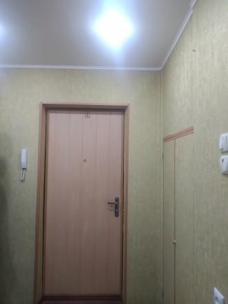 Квартира тёплая, не угловая. Окна в тихий двор. Во дворе школа, садик, рядом кав. Днепр, Днепропетровская область. фото 6