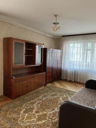 Хороший житловий стан,  є всі необхідні для проживання меблі, холодильник, праль. Канада, Тернопіль, Тернопільська область. фото 5