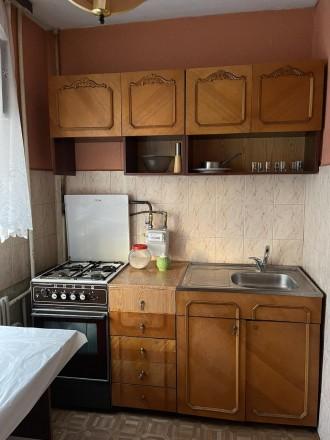 Хороший житловий стан,  є всі необхідні для проживання меблі, холодильник, праль. Канада, Тернопіль, Тернопільська область. фото 11