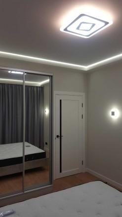 Стильная уютная квартира с шикарным современным ремонтом, расположена на 11/16эт. Голосеево, Киев, Киевская область. фото 4