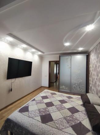Первая сдача! Просторная, свежая, чистая квартира с евроремонтом, мебелью и тех. Малиновский, Одесса, Одесская область. фото 9