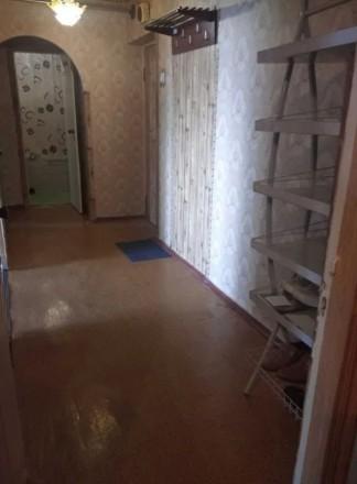 2-х комнатной квартира 52 м2 общей площади в теплом кирпичном доме, не угловая. . Шерстянка, Чернигов, Черниговская область. фото 2
