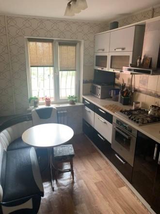 классная квартира по классной цене 3 отдельные комнаты + кухня 9,6м отличное с. Черноморск (Ильичевск), Черноморск, Одесская область. фото 6