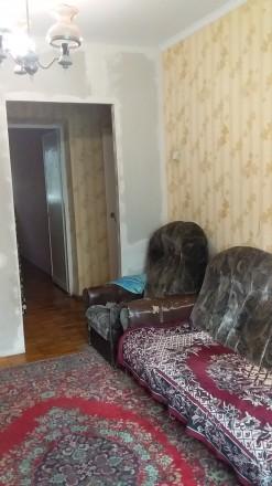 квартира на 2 поверсі., не кутова, замінено всі вікна, зроблено стелі, сантехнік. Привокзальный, Луцьк, Волинська область. фото 5