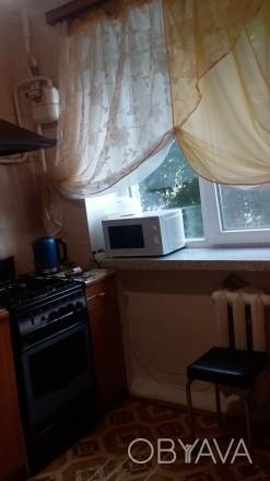 квартира на 2 поверсі., не кутова, замінено всі вікна, зроблено стелі, сантехнік. Привокзальный, Луцьк, Волинська область. фото 1