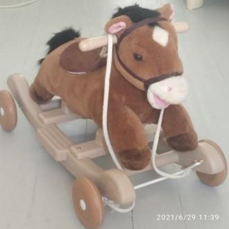 Многофункциональная лошадка-качалка с колесиками станет любимицей вашего крохи. . Киев, Киевская область. фото 2