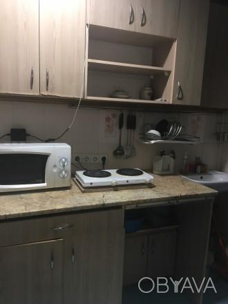 2 кім в гуртожитку  Хороший стан  Меблі  Холодильник  Кухня своя  Санвузол . Тернопіль, Тернопільська область. фото 1