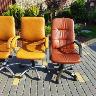 Крісла офісні для персоналу. Ціна крісел посередині 3000, по боках 4500 грн. Н. Львов, Львовская область. фото 8