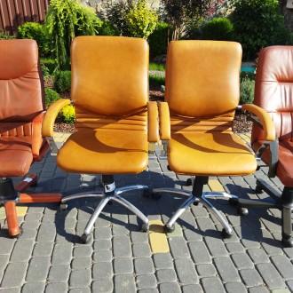 Крісла офісні для персоналу. Ціна крісел посередині 3000, по боках 4500 грн. Н. Львов, Львовская область. фото 9