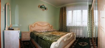 На першому поверсі — обладнана кухня, кімнати господарів, санвузол (туалет, умив. Сколе, Львовская область. фото 5