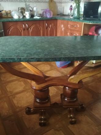 Деревянный стол на кухню б/у в отличном состоянии размер110 на 60см столешница м. Чернигов, Черниговская область. фото 2
