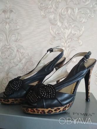 Кожаные женские босоножки на высокой платформе и каблуке фабричные б/у 37 размер. Чернигов, Черниговская область. фото 1