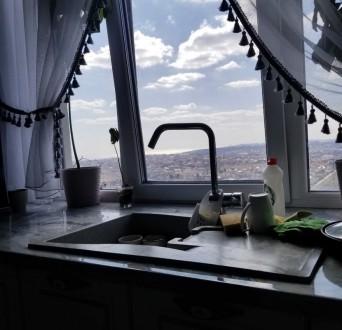 Двухкомнатная квартира в ЖК 29 Жемчужина. Квартира расположена на 18-ом этаже. О. Киевский, Одесса, Одесская область. фото 3