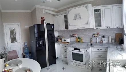 Двухкомнатная квартира в ЖК 29 Жемчужина. Квартира расположена на 18-ом этаже. О. Киевский, Одесса, Одесская область. фото 1