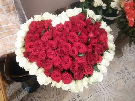 Доставка цветов Ивано-Франковск. Ивано-Франковск. фото 1