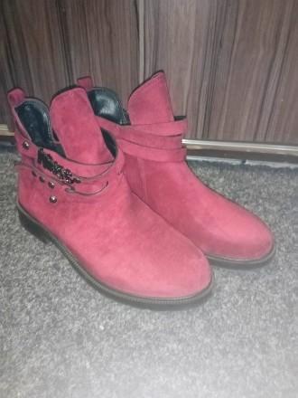 Тренд сезона ботинки цвет Марсала размер 38 полномерка. Продаю не подошёл разме. Запорожье, Запорожская область. фото 2