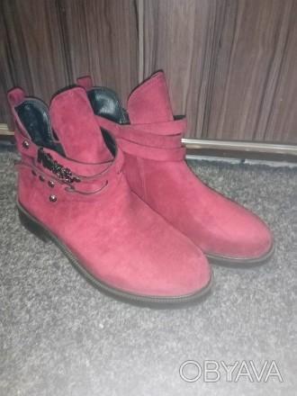 Тренд сезона ботинки цвет Марсала размер 38 полномерка. Продаю не подошёл разме. Запорожье, Запорожская область. фото 1