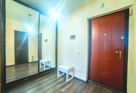 Просторная 1-комнатная квартира выполнена в современном стиле и расположена на 5. Приморский, Одесса, Одесская область. фото 12
