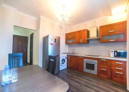 Просторная 1-комнатная квартира выполнена в современном стиле и расположена на 5. Приморский, Одесса, Одесская область. фото 6