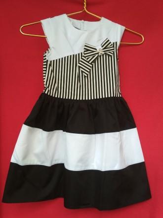 11170bbac9d1 Продам стильные, красивые платья для девочки Замеры на рост 128см  ПО талии  . Запорожье