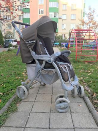 Прогулочная коляска фирмы CAM Portofino, немаркого тёмно-коричневого цвета.  В. Черновцы, Черновицкая область. фото 2