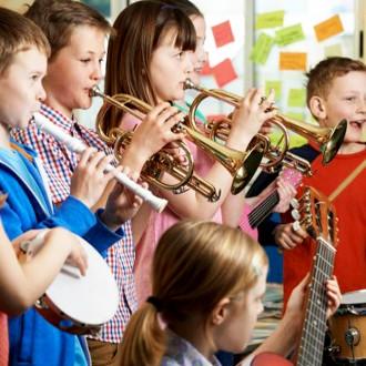 Предлагаю для взрослых и детей обучение игре на тромбоне, трубе и блок-флейте. . Киев, Киевская область. фото 6