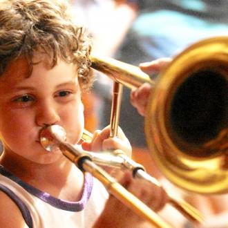 Предлагаю для взрослых и детей обучение игре на тромбоне, трубе и блок-флейте. . Киев, Киевская область. фото 7