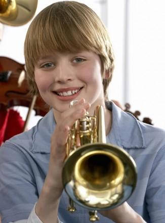 Предлагаю для взрослых и детей обучение игре на тромбоне, трубе и блок-флейте. . Киев, Киевская область. фото 4