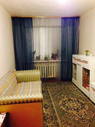 Двухкомнатная  квартира общей площадью 42 кв.м. на первом этаже четырех-этажного. Чернигов, Черниговская область. фото 4