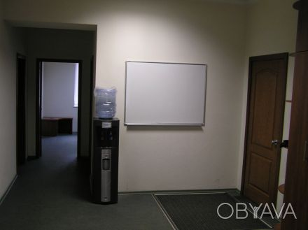 Сдам помещение под тихий офис. Ул. Академика Янгеля. 1этаж, частично красная ли. Днепр, Днепропетровская область. фото 1