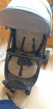 Прогулочна коляска після однієї дитини.В хорошому стані.Чуть вигорівша на сонці . Городище, Черкасская область. фото 4