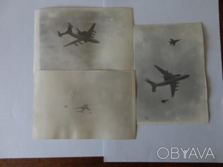 3 фотографии снятые 12 апреля 1991 года на космодроме Байконур