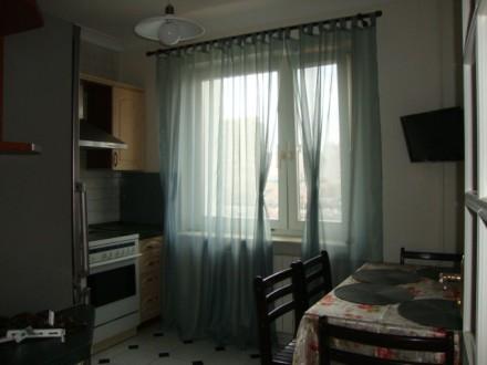 Сдается в аренду 3-х комнатная двухсторонняя квартира в отличном состоянии на 6 . Позняки, Киев, Киевская область. фото 15